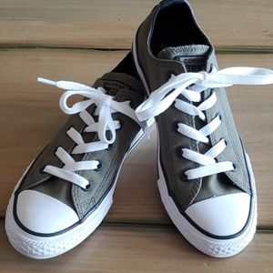 Converse All Star New Olive and Black Kids size 1